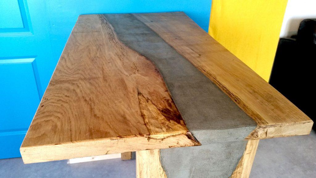 conception bois et métal de qualité, design et fabrication d'un bar sur-mesure à Nantes , vertou, goulaine, saint herblain, les sorinieres, clisson carquefou,