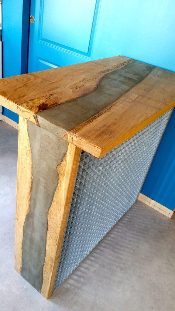 réalisation bois et métal, design et fabrication d'un bar sur-mesure à Nantes , vertou, goulaine, , saint herblain, les sorinieres, clisson carquefou